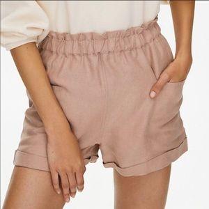 Aritzia Black Wilfred High Waist Linen Shorts
